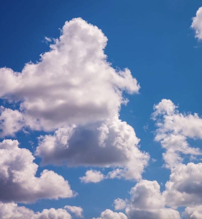 Come una nuvola / Like a cloud