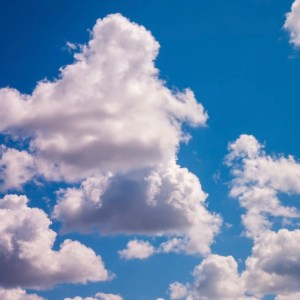 Come una nuvola / Like a cloud