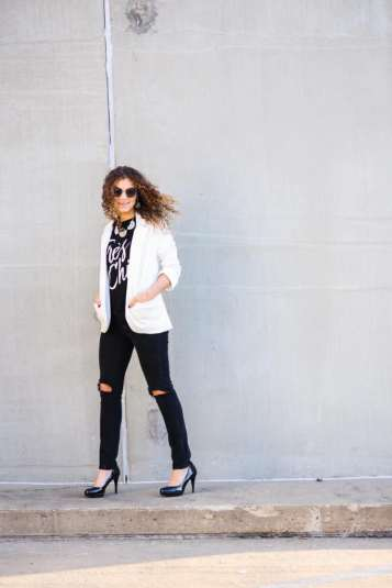 graphic tee styling