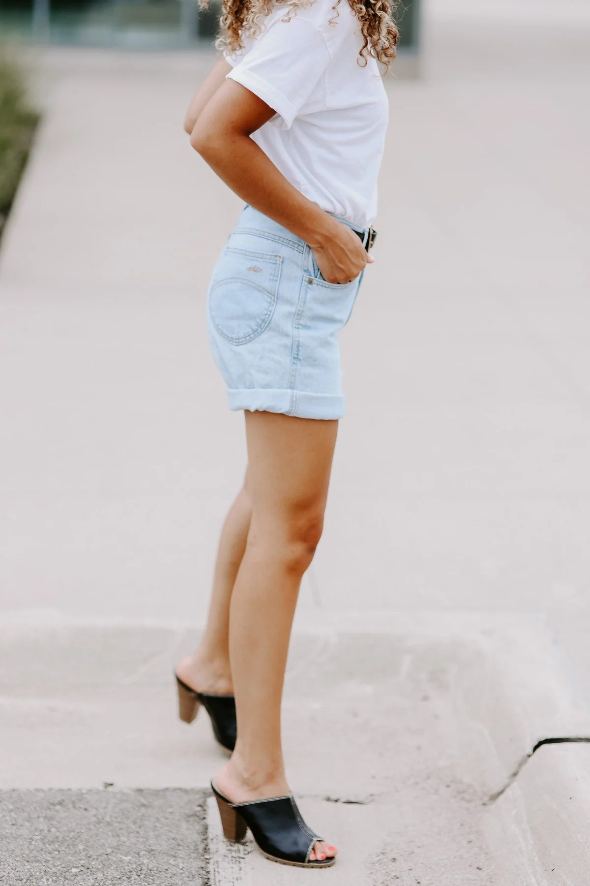Want to look cute on a budget? It's not always what you wear, but how you wear it, like these cuffed summer shorts
