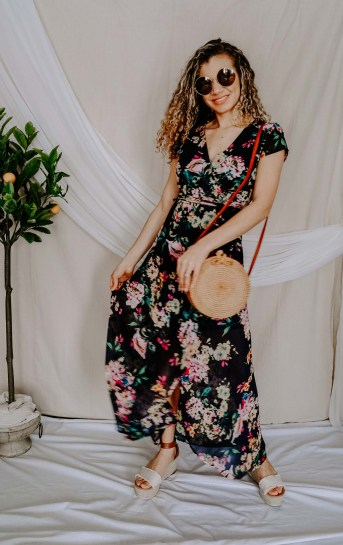 Wondering what spring staples you need for your spring outfits? Check out this post on what you need this season and this floral spring dress outfit is one of them!