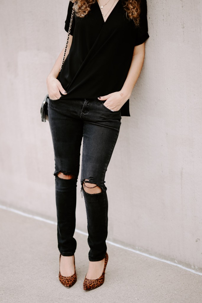 all black outfit for a post on the fashion rules you should break!