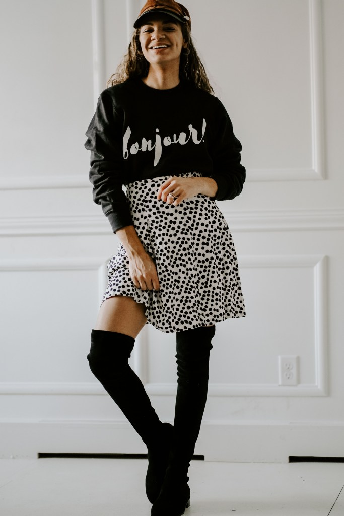 graphic sweatshirt outfit