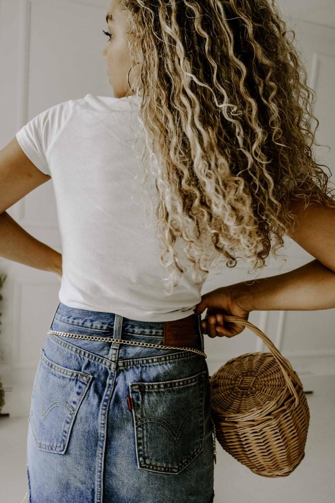 chain belt denim skirt