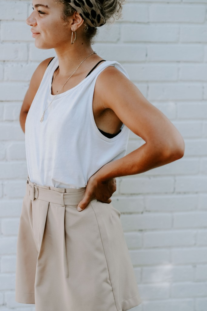 white summer tank top outfit