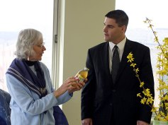 Earth Mayor for the Day Mary Lou Sharron shares an organic drink with Naugatuck Mayor Bob Mezzo.