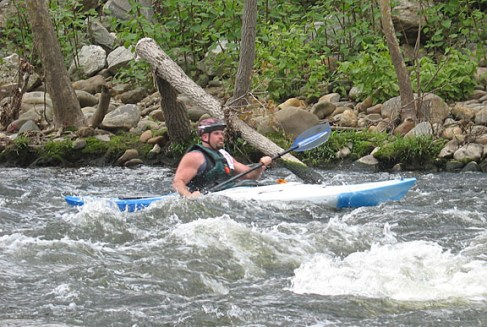Tim Ward of Seymour approaches the finish line during the 4th annual Naugatuck Valley River Race May 7. PHOTO BY ELIO GUGLIOTTI