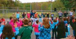 Laurel Ledge Elementary School students participate in the ACES (All Children Exercising Simultaneously) program May 2 at the school in Beacon Falls. ACES is an worldwide exercise program where millions of children exercise at the same time. The Laurel Ledge program was organized by Gene Massa and Joe Fortier, assisted by Don Donahue and Mark Apostoledis. – Photo contributed