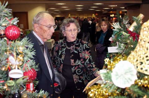 The United Way of Naugatuck and Beacon Falls opened its 6th Annual Festival of Trees Nov. 30 at Naugatuck Savings Bank, 87 Church St., Naugatuck. -ELIO GUGLIOTTI