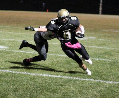Woodland defeated Naugatuck, 25-22, in a Copper Division showdown Oct. 4 in Beacon Falls. –ELIO GUGLIOTTI