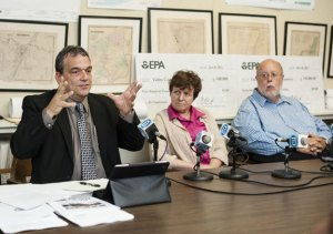 Jim Gildea, vice chairman of the Connecticut Rail Commuter Council, runs a meeting on train service on the Waterbury line. Rail advocates and commuters met Wednesday night in Derby to discuss their concerns about the quality of service. Derby Mayor Anita Dugatto and rail advocate Jim Cameron sit next to Gildea. –RA ARCHIVE