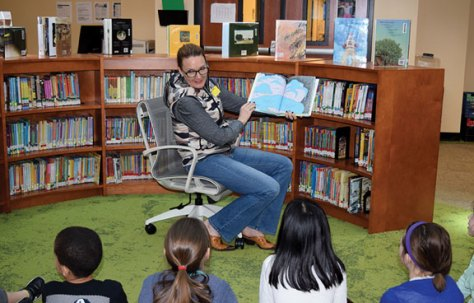 State Rep. Lezlye Zupkus, R-Prospect, reads to students at Prospect Elementary School on March 2 as part of Read Across America Day, which is held annually to promote reading in celebration of Dr. Seuss' birthday. –CONTRIBUTED