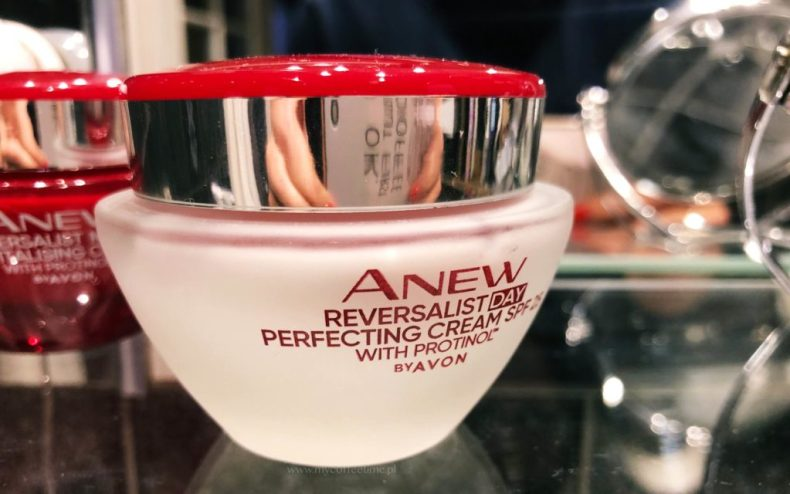 Anew Revitalist Avon