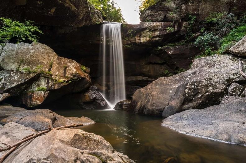 Eagle Falls - Kentucky Hiking, Hiking in Kentucky, Hiking trails in Kentucky, best hiking in Kentucky, best hikes in Kentucky, waterfalls in Kentucky, Kentucky waterfalls, hiking trail with waterfalls