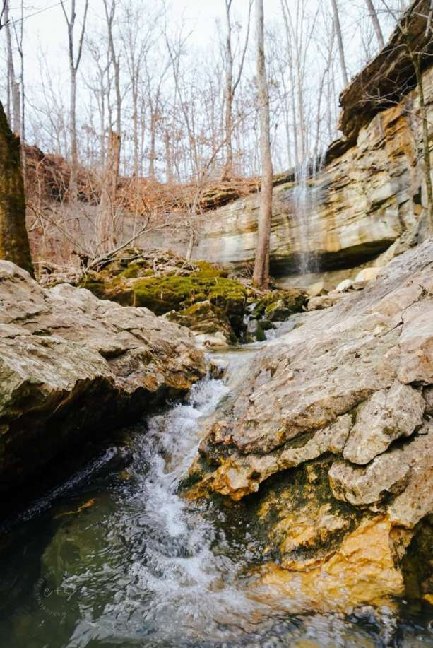 Fairmount Falls Louisville Kentucky - Kentucky Hiking, Hiking in Kentucky, Hiking trails in Kentucky, best hiking in Kentucky, best hikes in Kentucky, waterfalls in Kentucky, Kentucky waterfalls, hiking trail with waterfalls