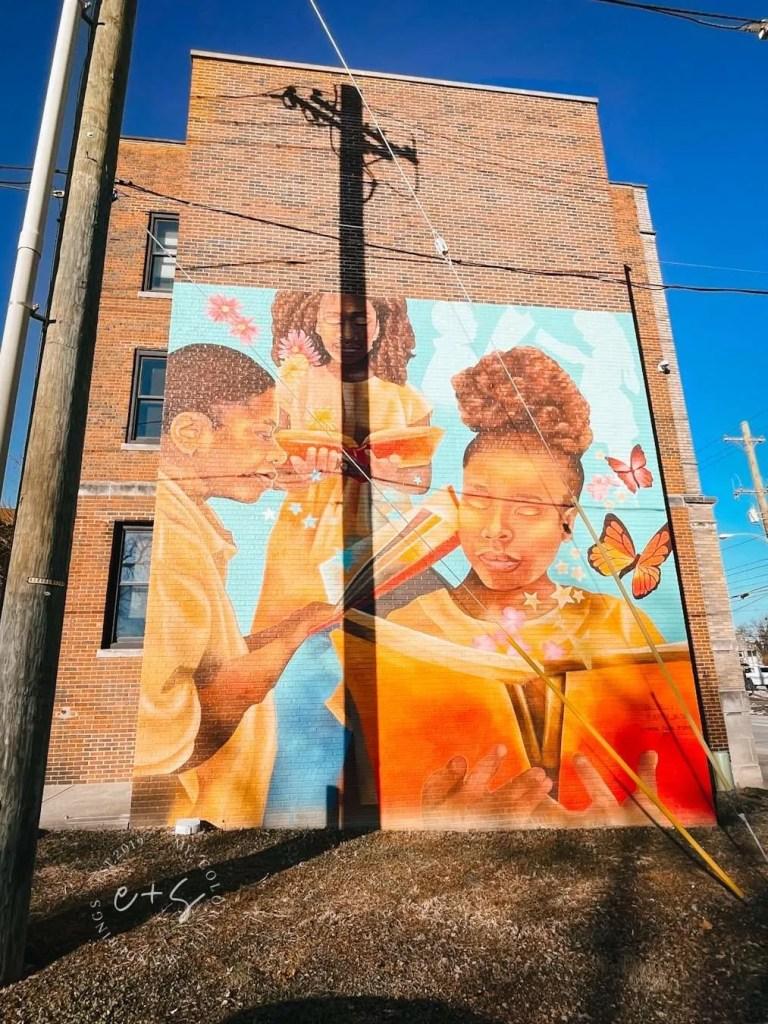 Children Reading Louisville Mural