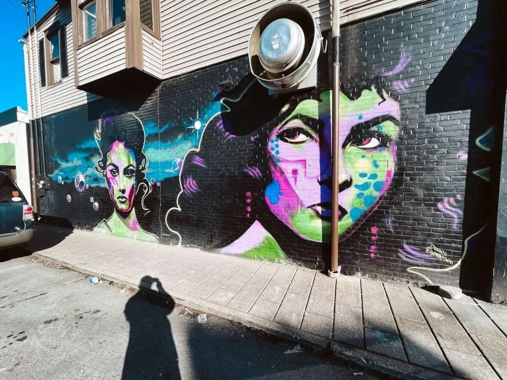 Spinelli's St Matthews Black and Blue Gals Mural - Louisville kentucky Murals