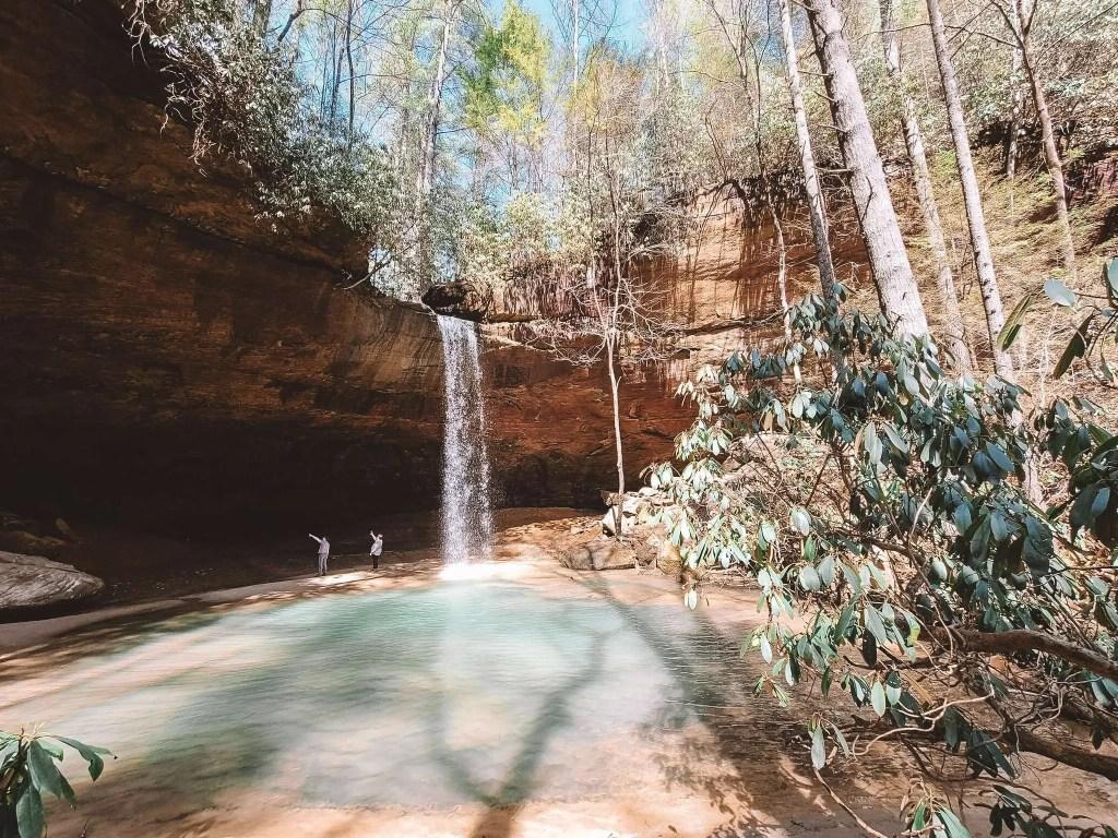 Copperas Falls - Kentucky Hiking, Hiking in Kentucky, Hiking trails in Kentucky, best hiking in Kentucky, best hikes in Kentucky, waterfalls in Kentucky, Kentucky waterfalls, hiking trail with waterfalls