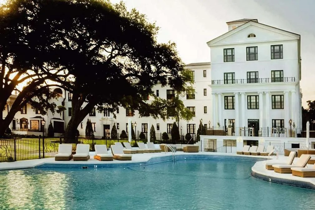 The White House Hotel in Biloxi Mississippi, Best hotels in Mississippi, Great Southern Hotels, Pretty Southern Resorts,
