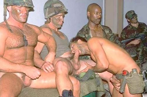 Armymen.jpg (30 KB)