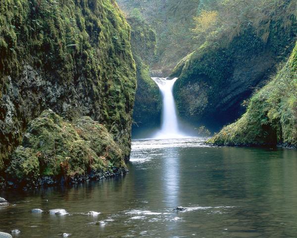 waterfall1280xwe1024.jpg