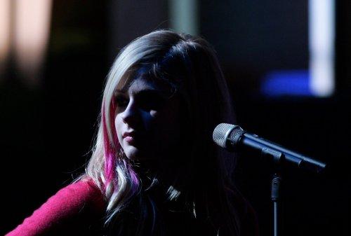 Avril Lavigne Shadow Walker