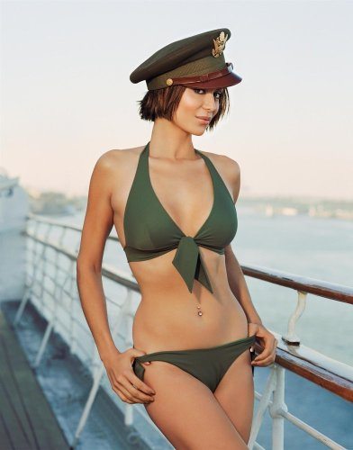 Catherine Bell - Stuff Raw 01