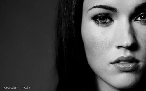 Megan Fox - widescreen sexiness