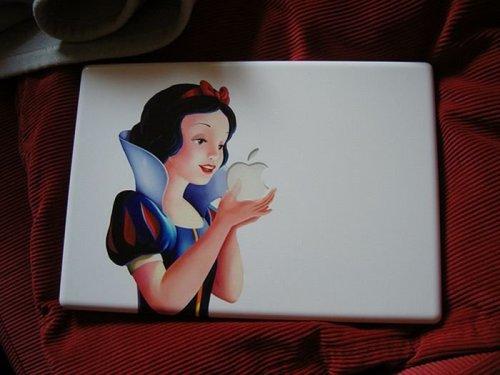 snow white's deadly apple