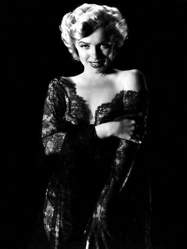 Marilyn Monroe - Slinky Dress