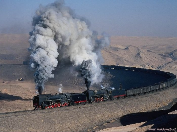 dual engine train