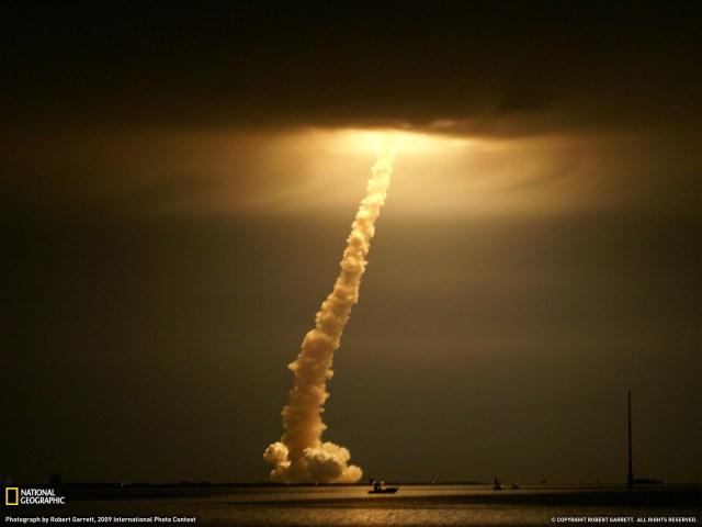 shuttle cloud launch wallpaper