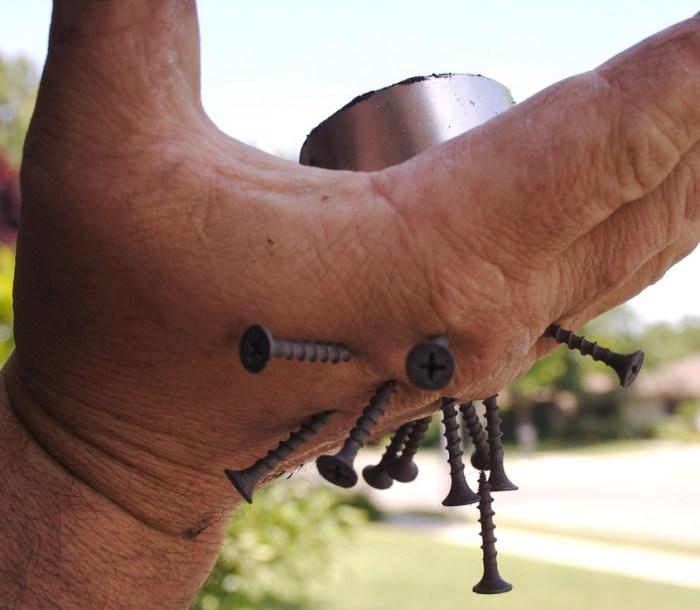 magnetic hand screws