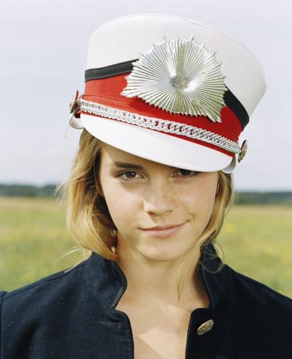 emma watson in a band hat