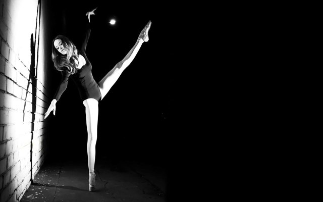summber glau - dancer