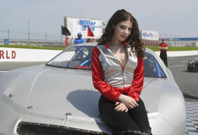 michelle trachtenberg - sexy racecar driver