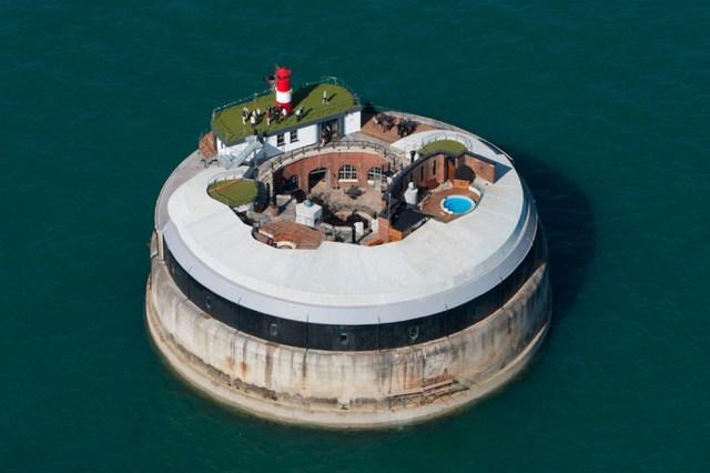 island house.jpg