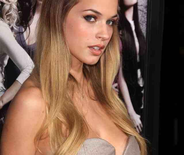 Alexis Knapp Nice Tits Jpg
