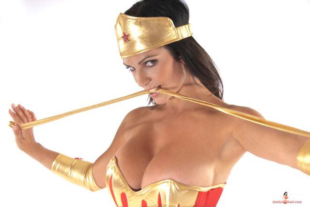 denise milani is a wonder woman (19)