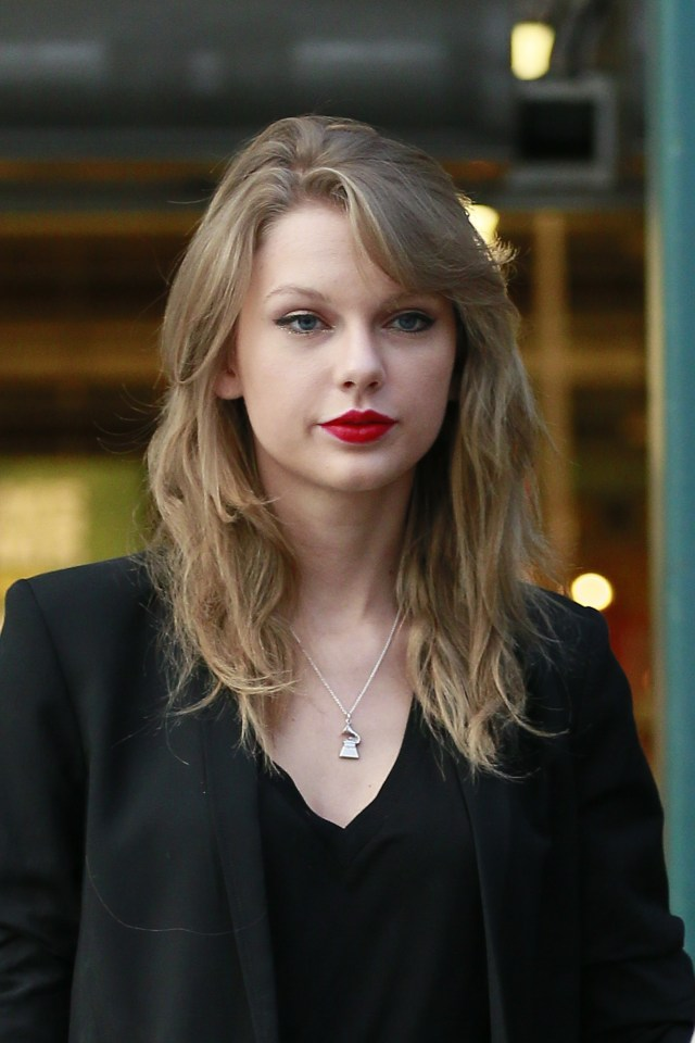 Taylor Swift grabs some groceries after doing some antique shopping in Los Angeles
