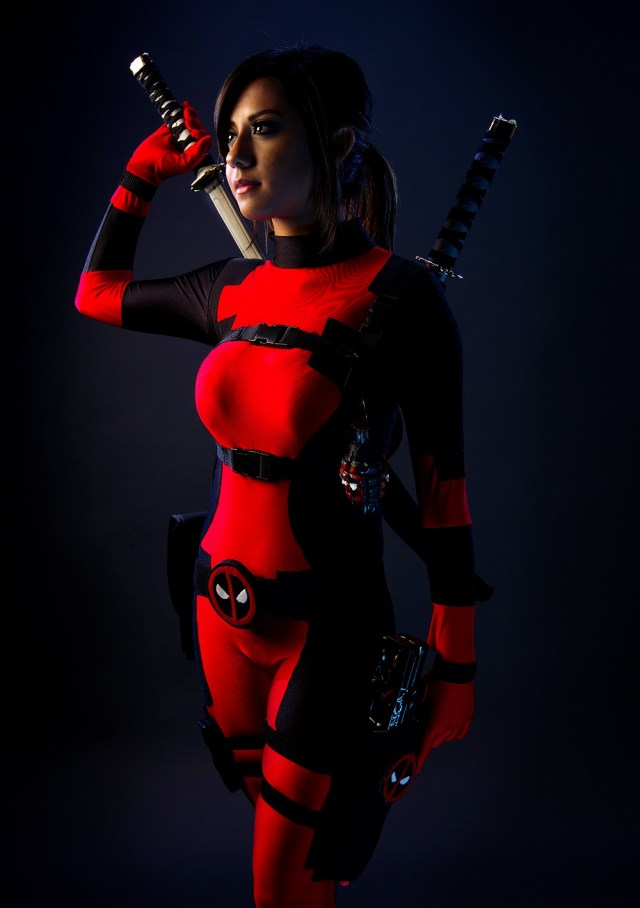 deadpool girl.jpg