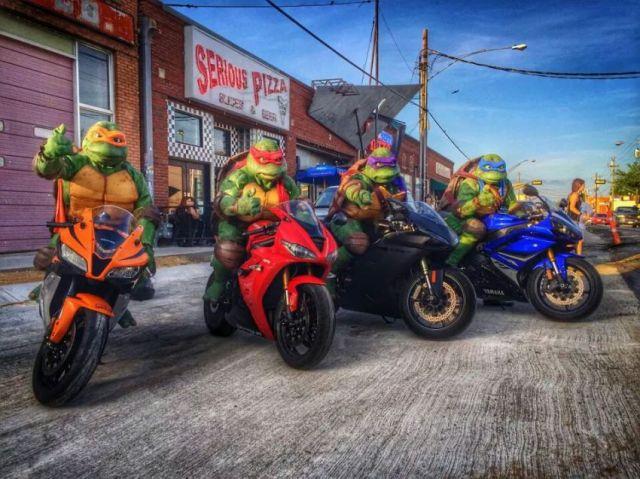 TMNT Bikers.jpg