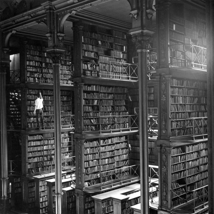massive library.jpg