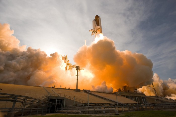 Liftoff of Space Shuttle Endeavour.jpg