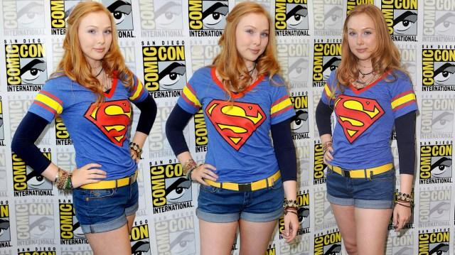 Molly Quinn - Super shirt.jpg