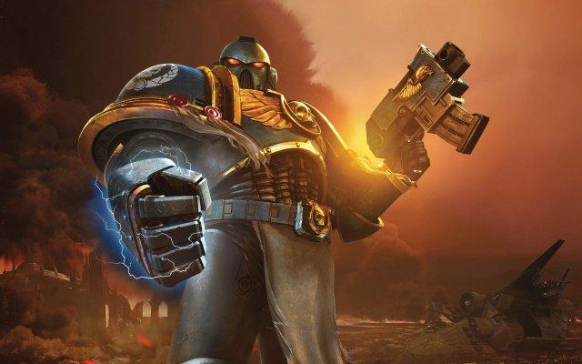 Warhammer space marine power glove.jpg