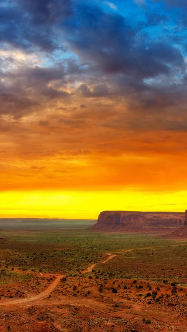 Desert Sunset.jpg