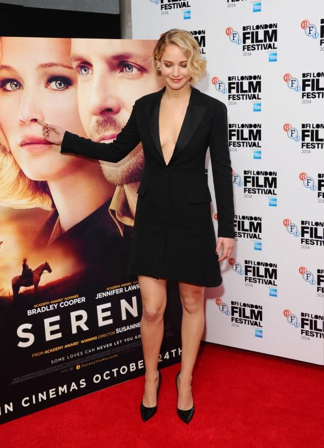 Jennifer Lawrence picking her movie poster nose.jpg