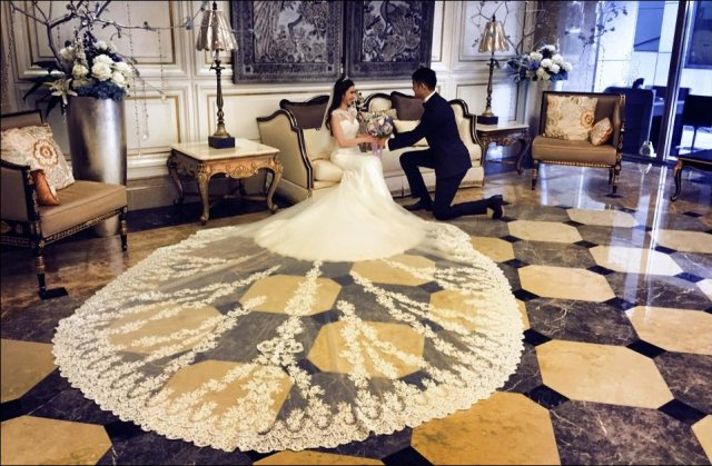 Fabulous Wedding Dress.jpg