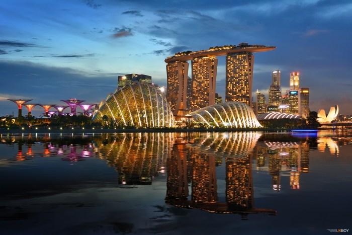 Singapore Wallpaper.jpg
